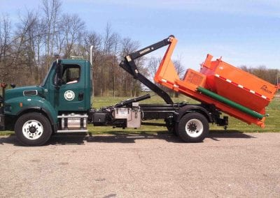6-ton-hooklift-on-truck-22