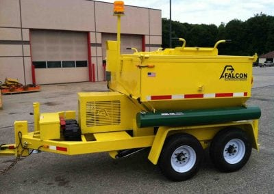 4_ton_asphalt_recycler_hot_box_trailer_with_warning_lights-1446x1080